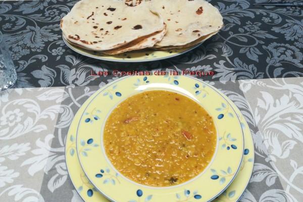 Dhaba Dhal de lentejas rojas y Pan Nann recetas Indias